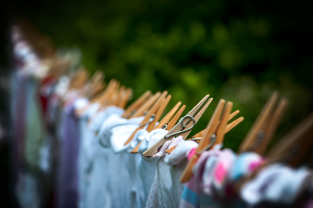 laundry pegs